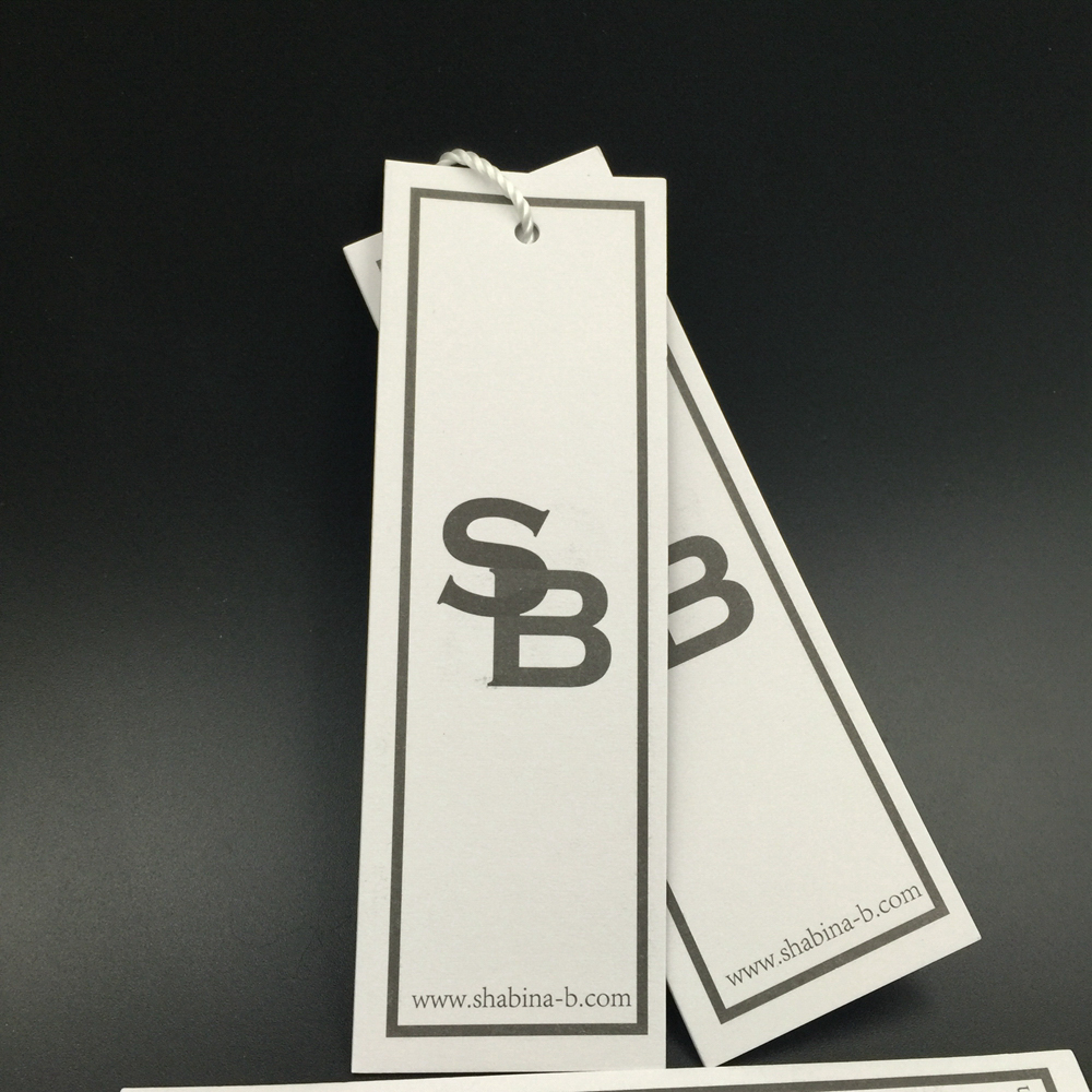 Customize luxury white cardboard paper hang tag with matt surface for garments accessories