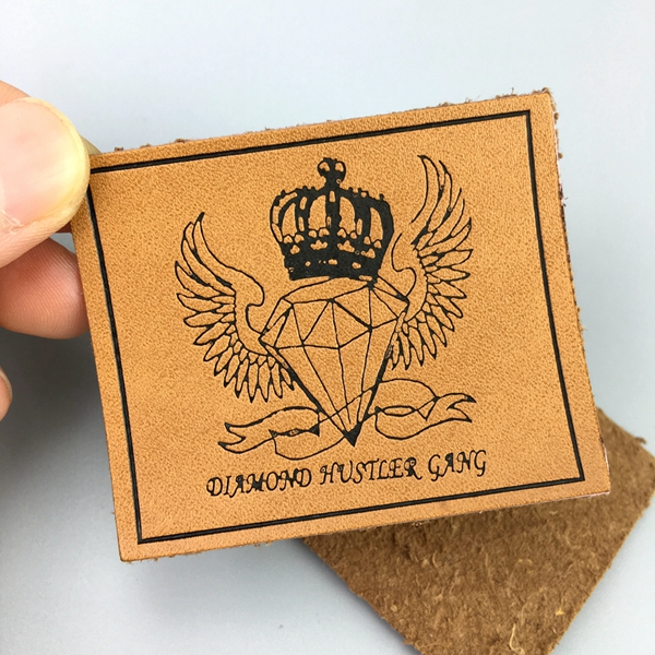 Custom pu leather metal patch embossed rubber logo