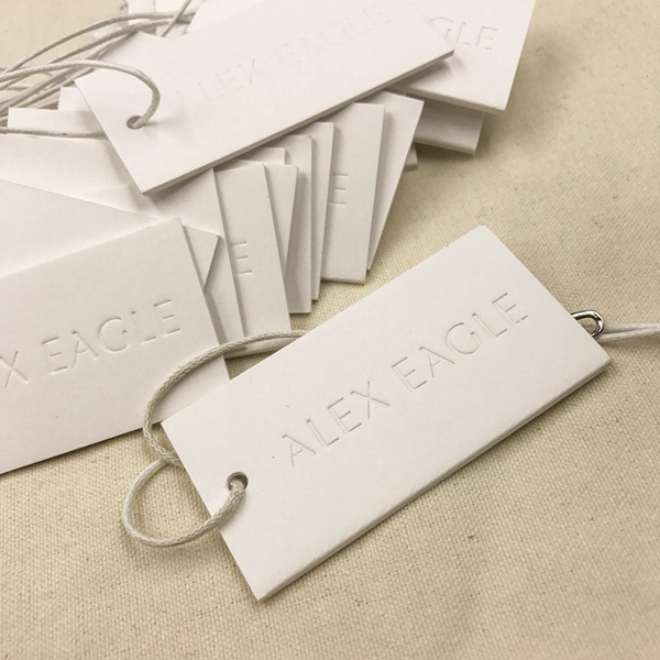 Luxury hang tag clothing paper hangtag emboss shoes hang tag